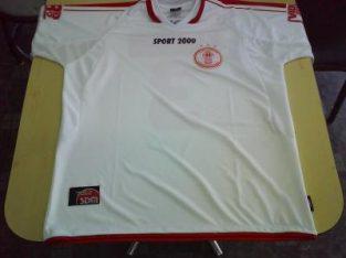 Camisetas de Futbol para Clubes Instituciones Disenos Numero y Nombre Insignia