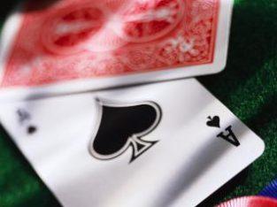 Necesito productos de poker cartas  fichas mesas…